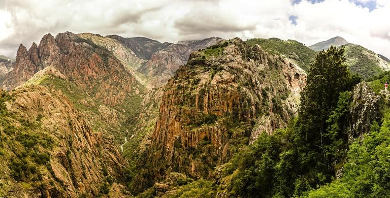 Mountains in Corsica │© xuuxuu / Pixabay