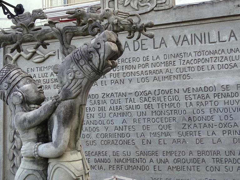 Monument to Vanilla, Papantla