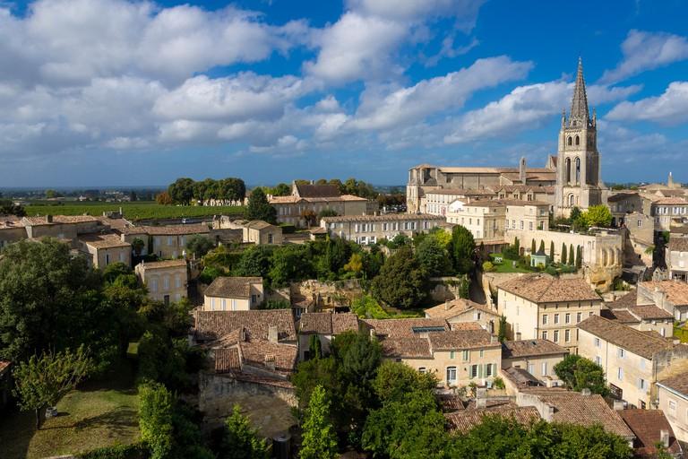 Saint-Emilion | JordyMeow/Pixabay