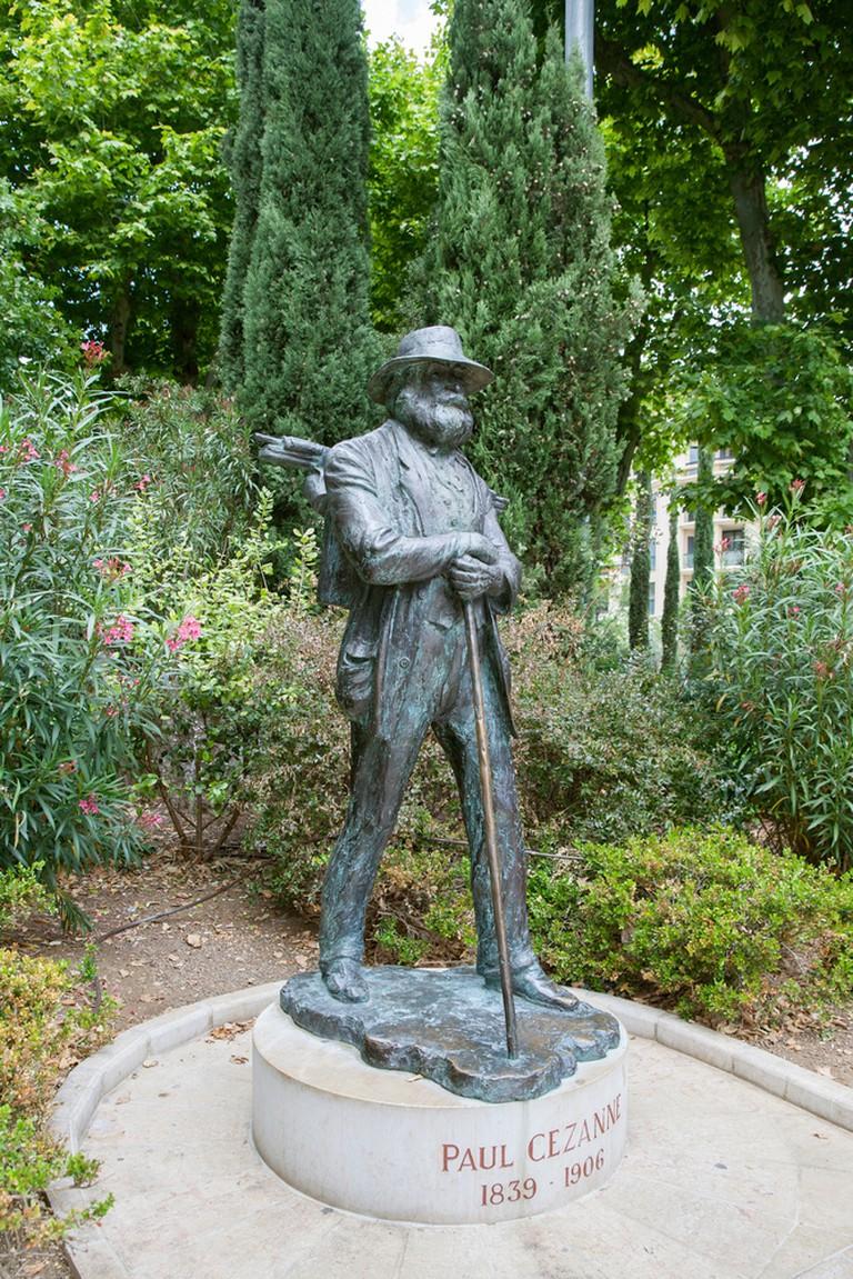 Start at Cézanne's statue at La Rotonde