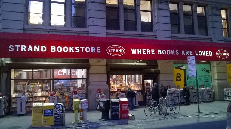 Strand Bookstore, where books are loved | © Eunice / Flickr
