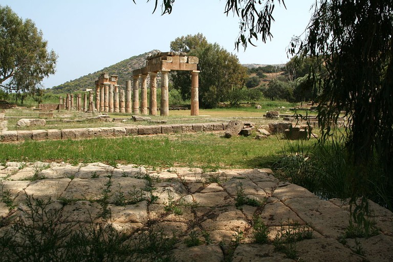 Π-shaped stoa and Classical Bridge, Brauron