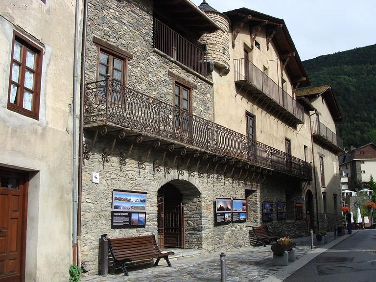 Casa d'Areny Plandolit, Ordino, Andorra | ©Cdani / Wikimedia Commons