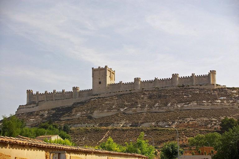 Castillo de Peñafiel, Valladolid, Spain | ©Hector Blanco de Frutos / Wikimedia Commons