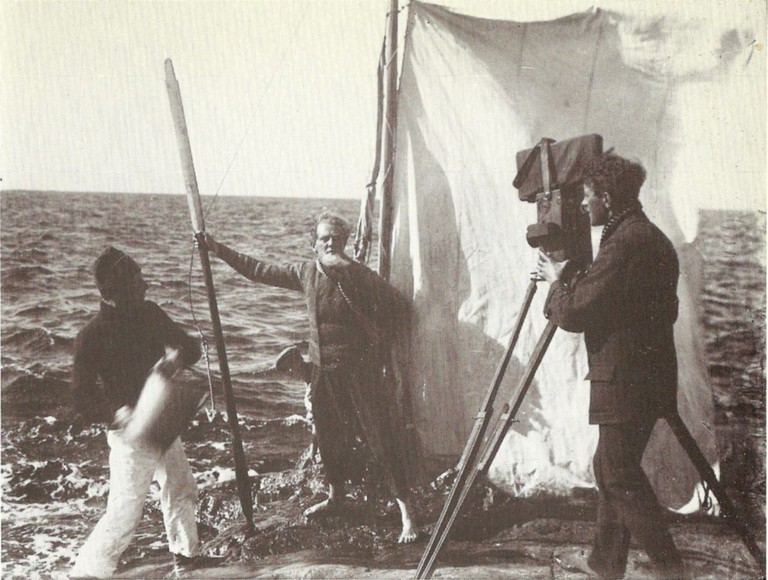 A scene from the 1917 film A Man There Was (Terje Vigen)