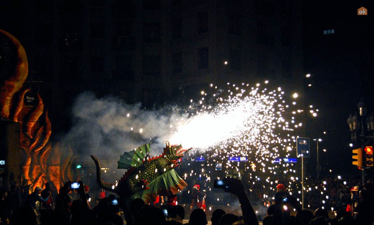 A dragon at the correfoc © OK Apartment