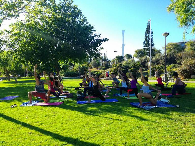 Yoga in the Turia Gardens, Valencia I Courtesy of Yoga with Jennison in Valencia