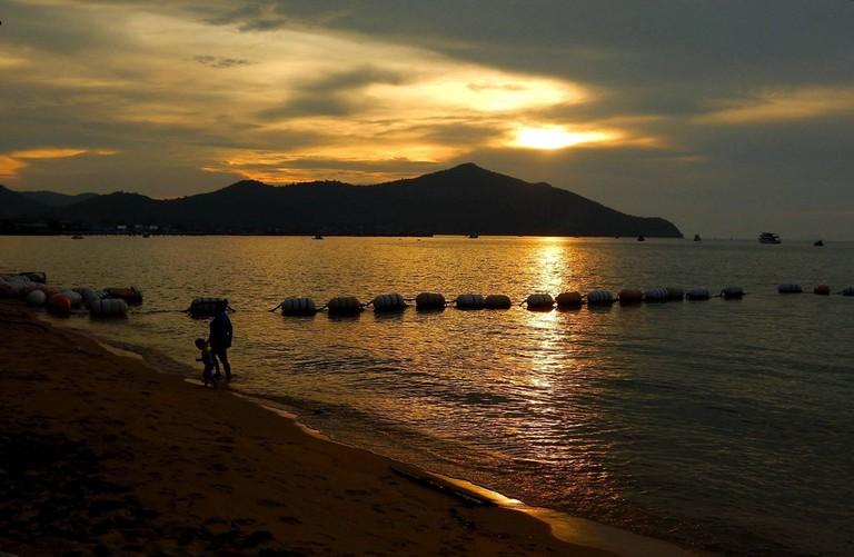 Sunset at Bang Saray beach