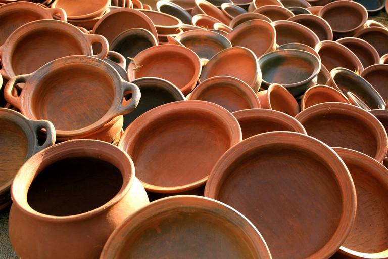 Sri Lankan earthenware pots | © The Wandering Angel/Flickr