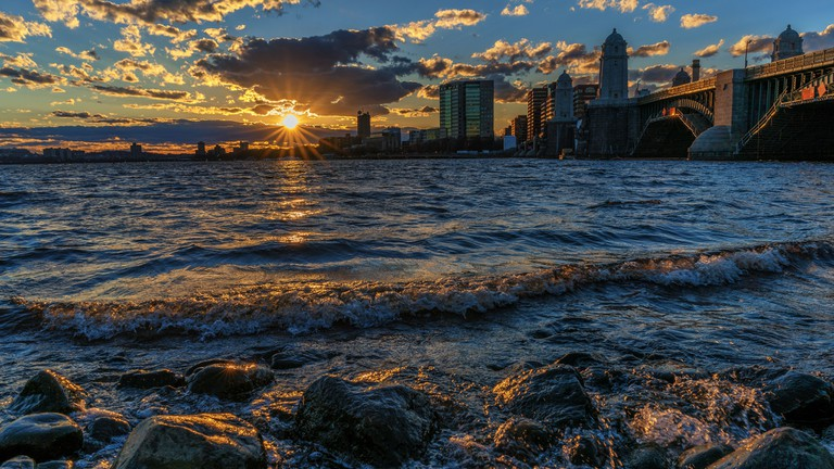 Sunset On The Charles River | © Jeff Turner/Flickr