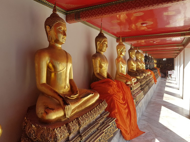 Gold statues of The Buddha in Wat Pho