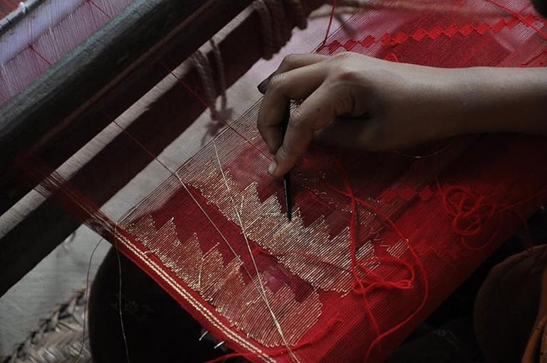 Weaving a Jamdani