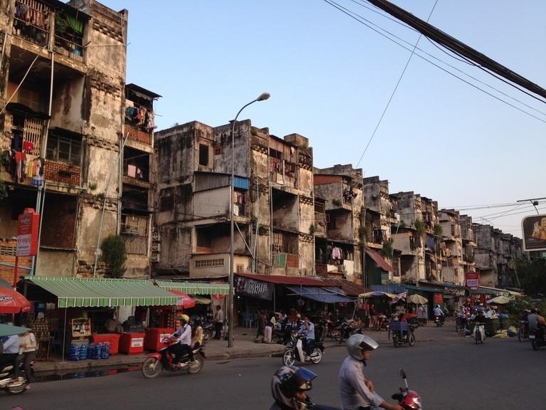 The White Building, Phnom Penh | © Cristina Bejarano/Flickr