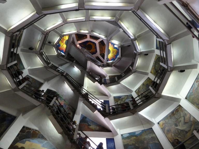 Inside Morelos statue