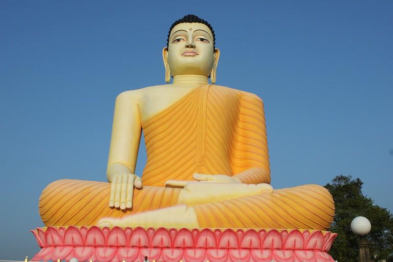 Buddha Sri Lankan Temple © katkat / pixabay