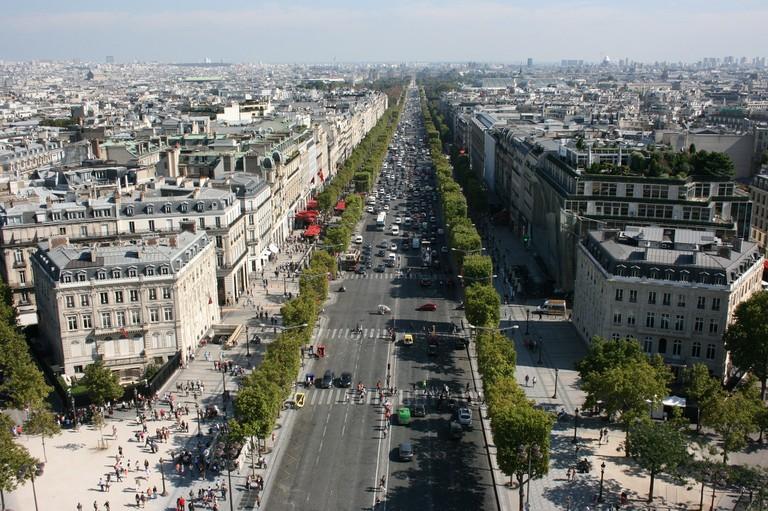 Champs-Élysées │