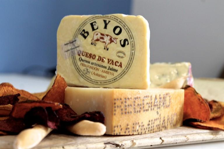 cheese from Asturias, Spain | ©Mumumío / Flickr