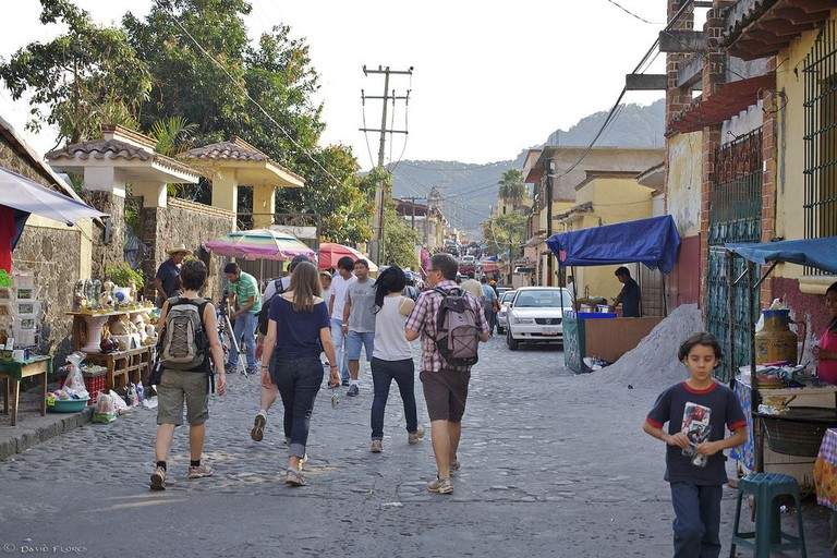 Avenue Tepozteco has lots of shops for picking up keepsakes