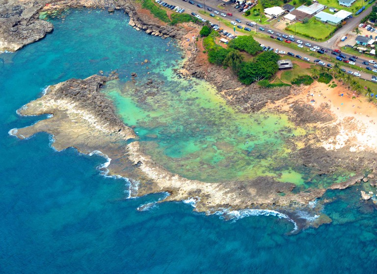 Sharkʻs Cove at Pupukea Beach Park | © GE Keoni