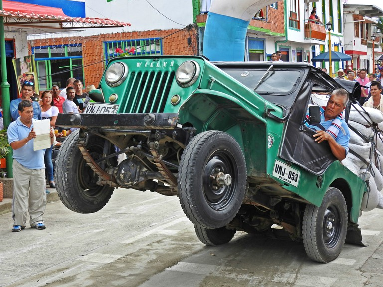 Jeep acrobatics at the Yipao Jeep parade
