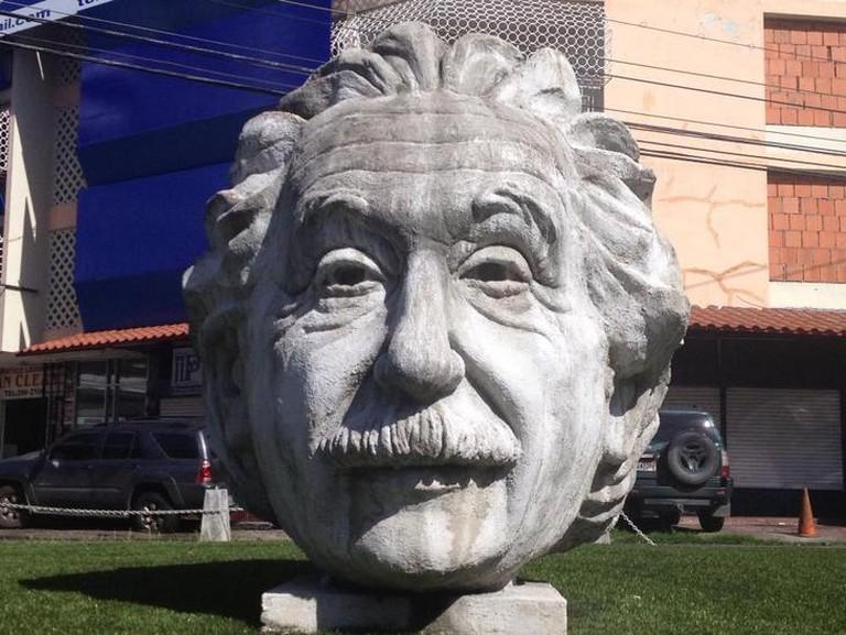 Statue of Einstein's head, Via Argentina
