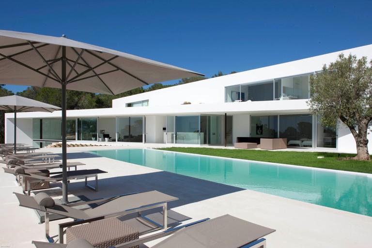 Villa Ixos © Villa Guru