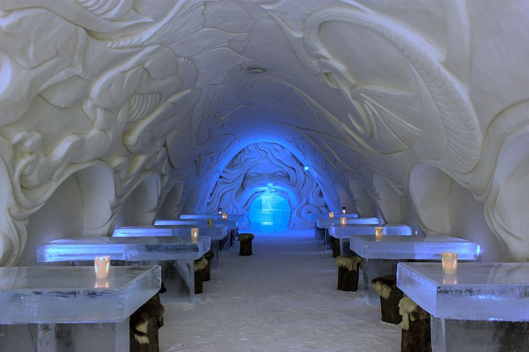 Stay in an igloo hotel | ©Art of Backpacking / Flickr