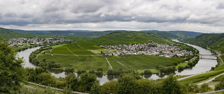 Moselle River loop