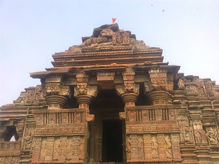 Neelkantheshwar temple