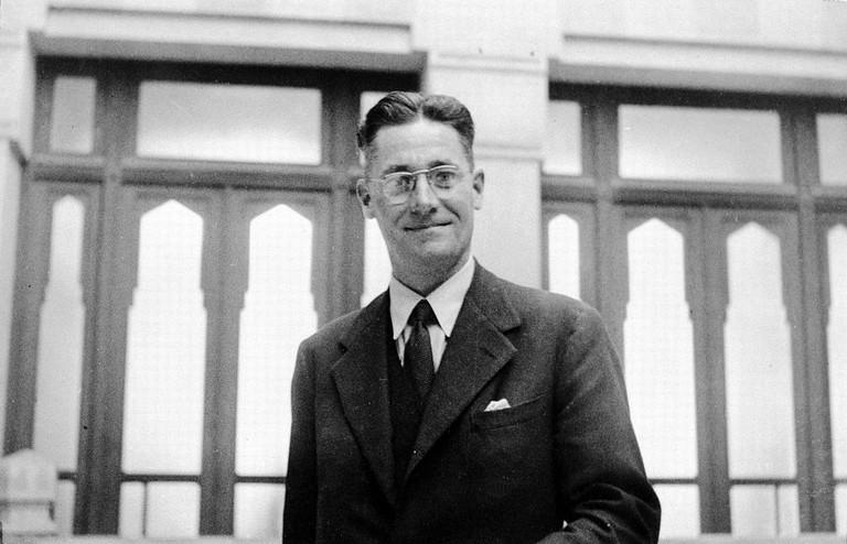 Professor Florey visits M.E. to lecture on Penicillin. Wellcome L0023579