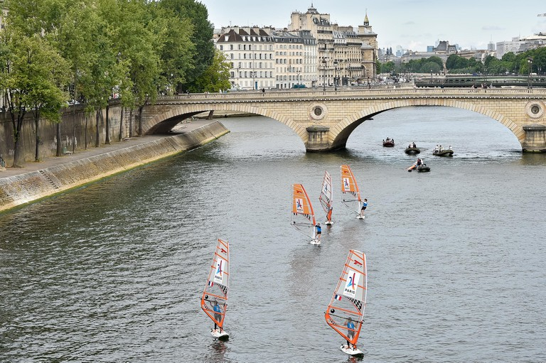 SAILING DURING THE OLYMPICS DAYS, IN PARIS, FRANCE, ON JUNE 24, 2017 │