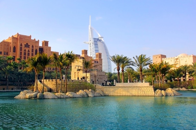 Madinat Jumeirah and the Burj Al Arab, Dubai | © Angelika Smile/Shutterstock