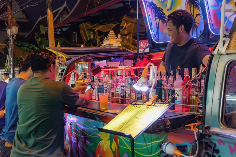 Pop-up street bar lit up Thai style | © Nataliia Sokolovska/Shutterstock