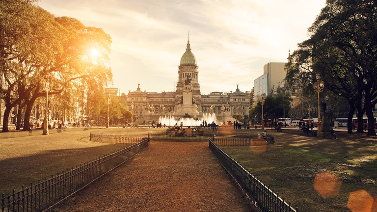 Buenos Aires at sunset, only 45 minutes from Tigre | Paraná River Floodplain of Northern Argentina | © Elijah Lovkoff/Shutterstock