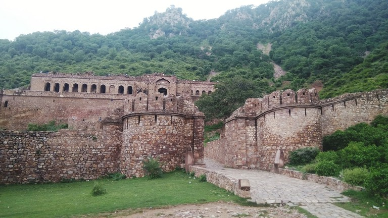 Bhangarh Haunted Fort, Jaipur, India