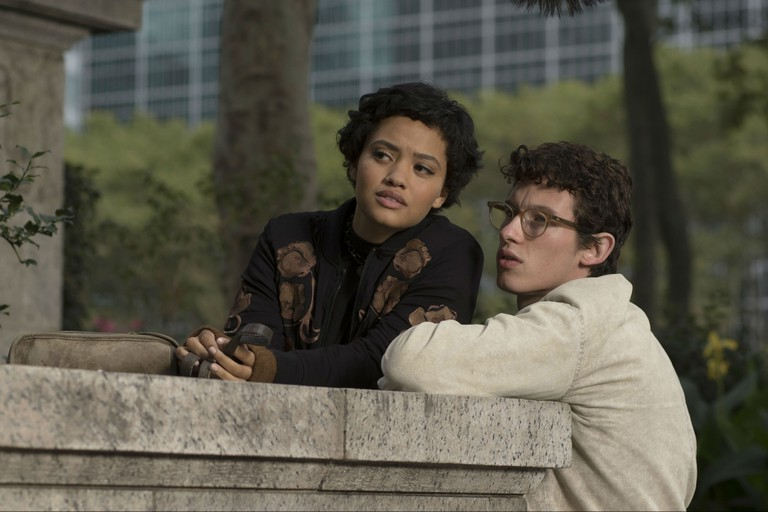 Kiersey Clemons and Callum Turner in The Only Living Boy in New York