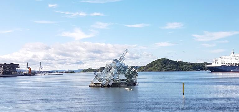 'She Lies' artwork in Oslo