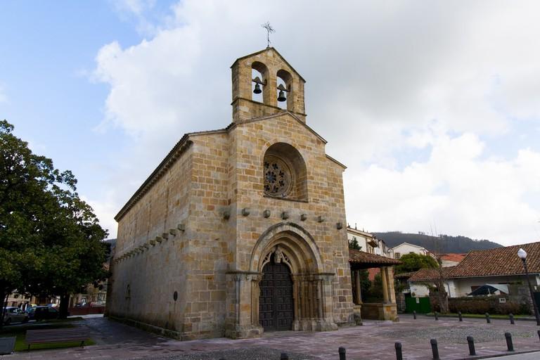 Santa María de la Oliva, Villaviciosa, Asturias, Spain | © David Álvarez López / Flickr