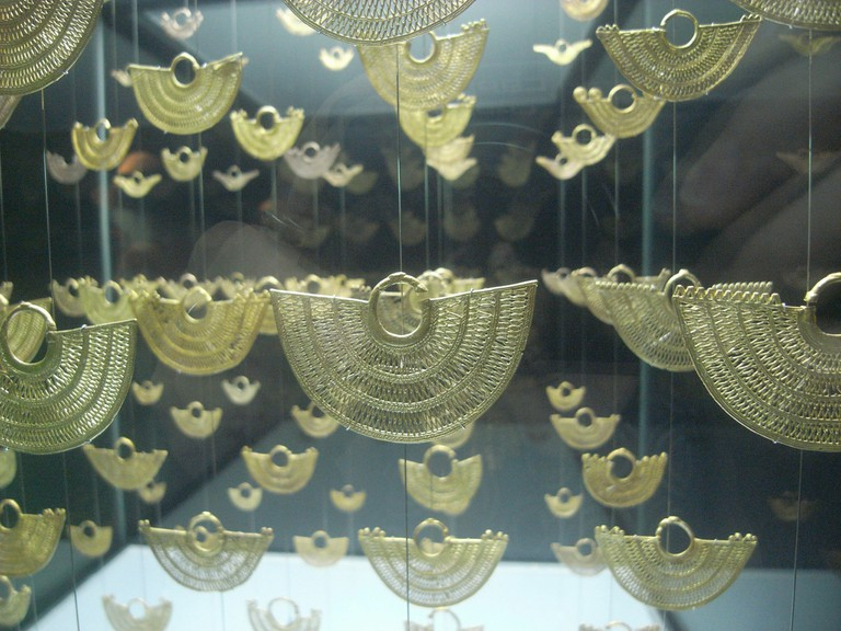 Stunningly intricate gold artwork by the Zenu people