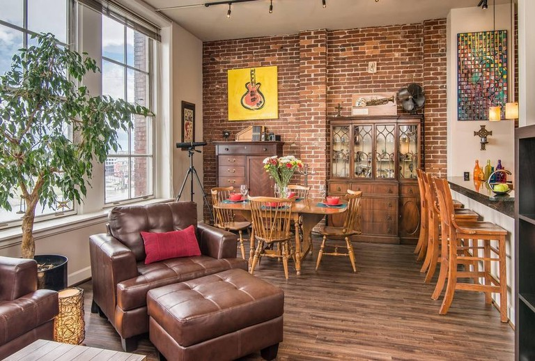 Rockin' River Loft / (c) Playlist Properties / Airbnb