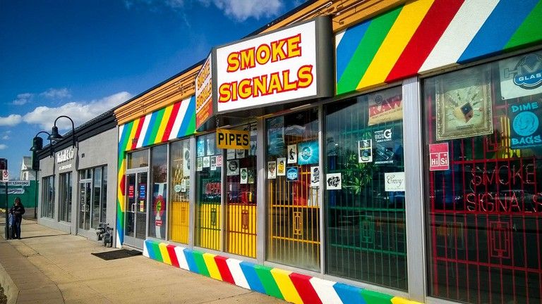 Colorado Pot Shop | © Mr. Blue MauMau / Flickr