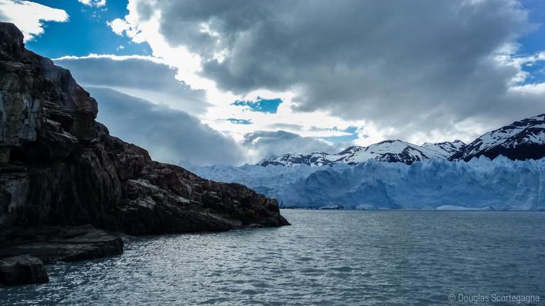 The imposing wall of the Perito Moreno glacier