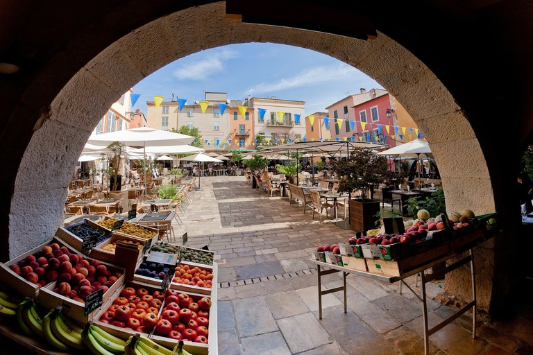 A market in the South of France │