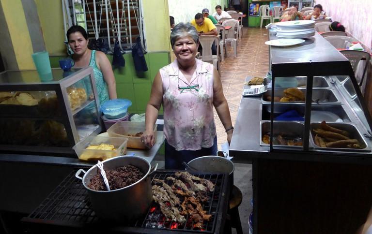 Koma Riko, a fritanga in Estelí