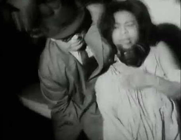 The chokehold scene in Law & Order (1969)