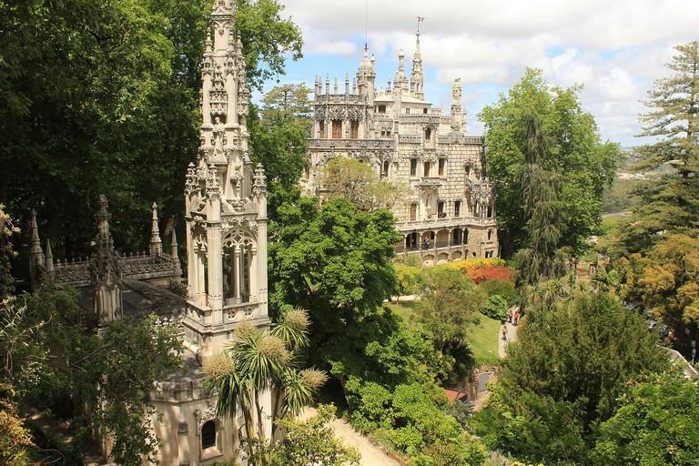 http://maxpixel.freegreatpicture.com/Sintra-Portugal-History-Palace-Mystique-Castle-2366526