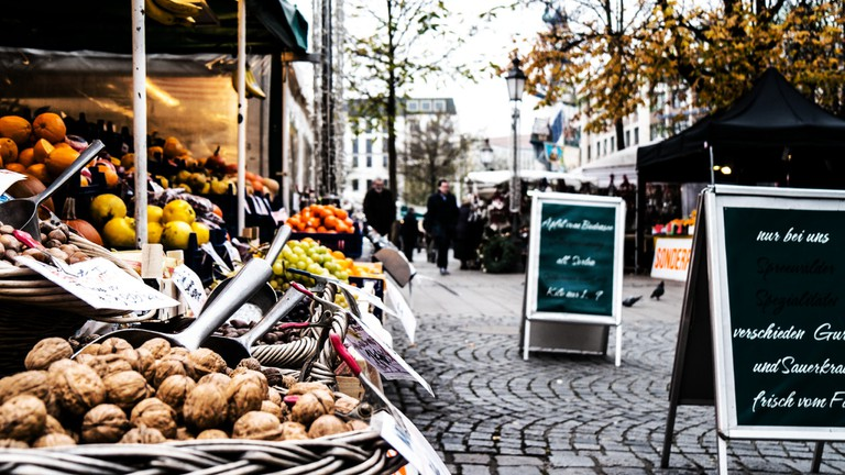 Munich's Viktualienmarkt | © Marcus Brown / Flickr