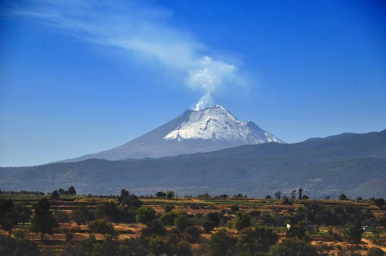 Popocatepetl Volcano / flickr