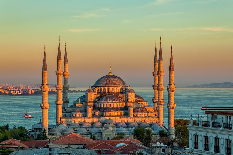 Blue Mosque in a glorious sunset, Istanbul | © OPIS Zagreb/Shutterstock