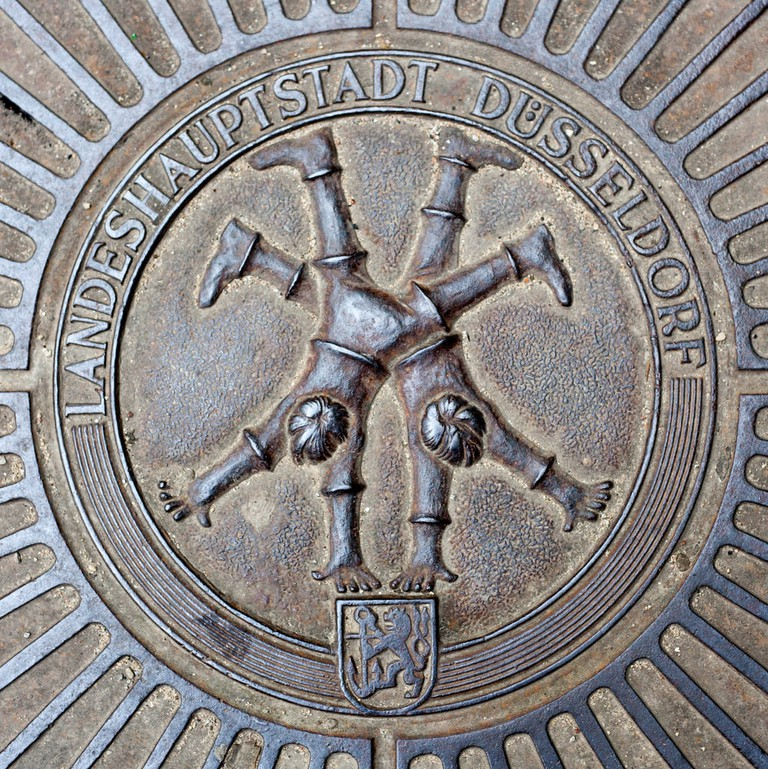 Emblem of famous Dusseldorf cartwheelers